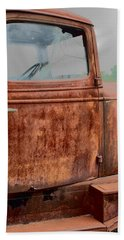 Beach Towel featuring the photograph Hop In by Lynn Sprowl