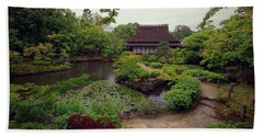 Isuien Garden Tea House - Nara Japan Beach Towel