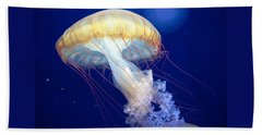 Japanese Sea Nettle Chrysaora Pacifica Beach Sheet by Mary Lee Dereske