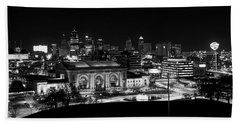 Kansas City In Black And White Beach Towel