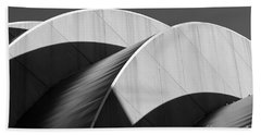 Kauffman Center Curves And Shadows Black And White Beach Towel