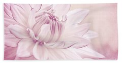 La Dahlia Beach Towel