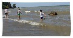 Lake Erie @ Conneaut Beach Sheet by Joyce  Wasser