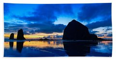 Last Light - Cannon Beach Sunset With Reflection In Oregon The Coast Beach Towel