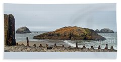 Looking Out On The Pacific Ocean From The Sutro Bath Ruins In San Francisco  Beach Sheet by Jim Fitzpatrick