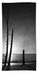 Lovers Key Sunset Black And White One Beach Sheet by Bradley R Youngberg