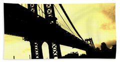 Manhattan Bridge Beach Towel