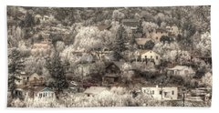 Manitou To The South In Snow Close Up Beach Towel by Lanita Williams