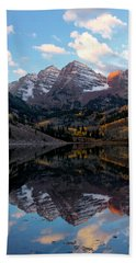Beach Towel featuring the photograph Maroon Bells by Ronda Kimbrow