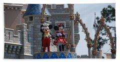 Mickey And Minnie In Living Color Beach Towel