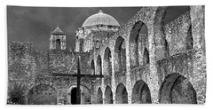 Mission San Jose Arches Bw Beach Towel