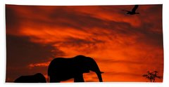 Mother And Baby Elephants Sunset Silhouette Series Beach Towel