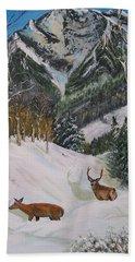 Mule Deer In Winter Beach Towel