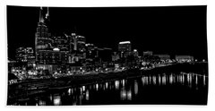 Nashville Skyline At Night In Black And White Beach Towel