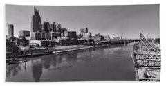 Nashville Skyline In Black And White At Day Beach Sheet by Dan Sproul