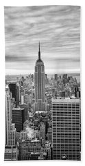 Black And White Photo Of New York Skyline Beach Towel