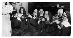 Nuns Rehearse For Concert Beach Sheet by Underwood Archives