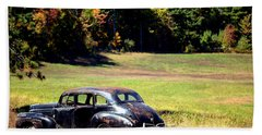 Old Car In A Meadow Beach Towel