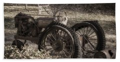 Old Tractor Beach Sheet