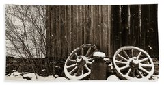 Old Wagon Wheels Beach Sheet