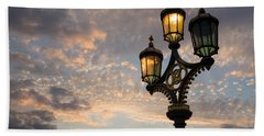 One Light Out - Westminster Bridge Streetlights - River Thames In London Uk Beach Sheet