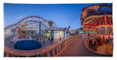Panorama Giant Dipper Goes 360 Round And Round Beach Sheet