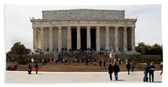 People At Lincoln Memorial, The Mall Beach Towel