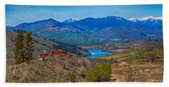 Perrygin Lake In The Methow Valley Landscape Art Beach Towel