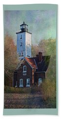 Presque Isle Lighthouse Beach Towel