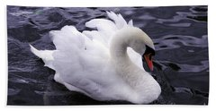 Pretty Swan Beach Towel