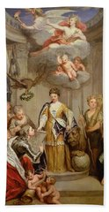 Queen Anne Presenting Plans Of Blenheim To Military Merit Oil On Canvas Beach Towel