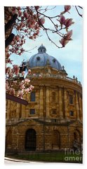 Radcliffe Camera Bodleian Library Oxford  Beach Sheet by Terri Waters