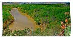 Rio Grande East Of Santa Elena Canyon In  Big Bend National Park-texas Beach Sheet
