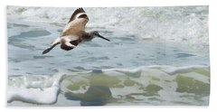Sandpiper Flight Beach Sheet by Susan Molnar