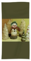 Snowman And Trees Holiday Beach Towel