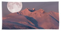 Solstice Sunrise Alpenglow Full Moon Setting Beach Towel