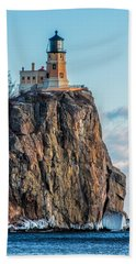 Split Rock Lighthouse In Winter Beach Towel