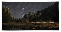 Star Trails Over Yosemite Beach Towel