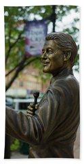Statue Of Us President Bill Clinton Beach Towel