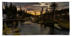 Sunrise In The Indian Peaks Beach Towel