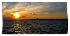 Sunset On The Water In Provincetown Beach Sheet by Eleanor Abramson