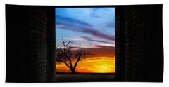 The Tunnel   Sunset1 Beach Towel