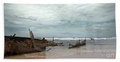 The Wreck Of The Maheno Beach Sheet by Linda Lees