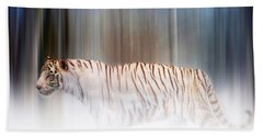 Tiger In The Mist Beach Towel