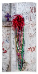 Tomb Of Marie Laveau New Orleans Beach Towel