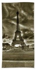 Tour Eiffel  Beach Towel