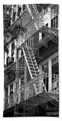 Typical Building Of Brooklyn Heights - Brooklyn - New York City Beach Towel
