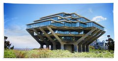 Ucsd Geisel Library Beach Towel