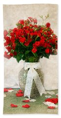 Vase Of Red Roses Beach Sheet by Lena Auxier