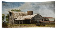 Barn -vintage Barn With Brick Silo - Luther Fine Art Beach Sheet